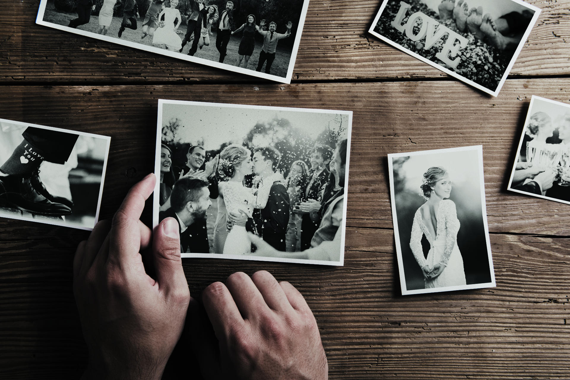 Wedding Photographer: How To Avoid Mistake When Hiring